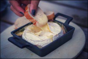 Tip van De twee Eijken, camembert op de bbq